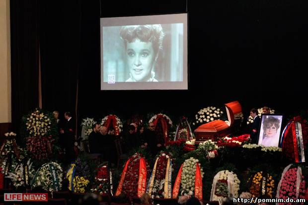 Похороны дочери Гурченко обернулись скандалом